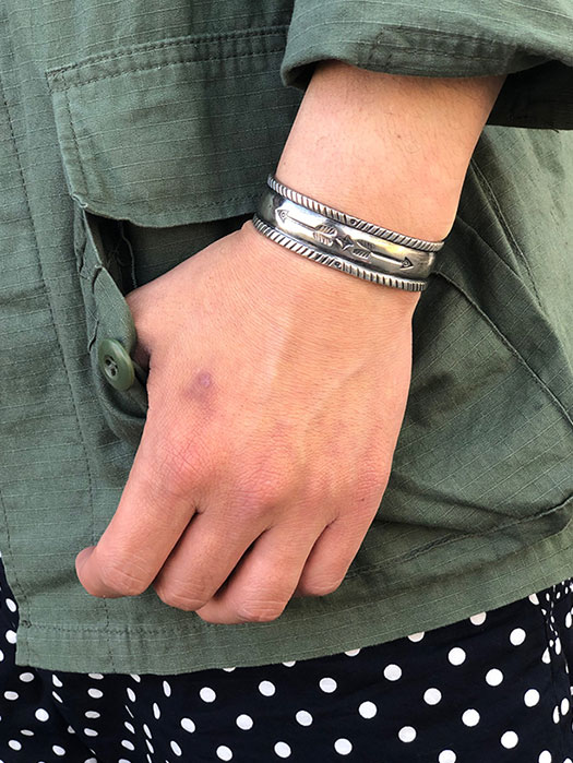 【Jesse Robbins】 Arrow Stamp Coin Silver Bracelet