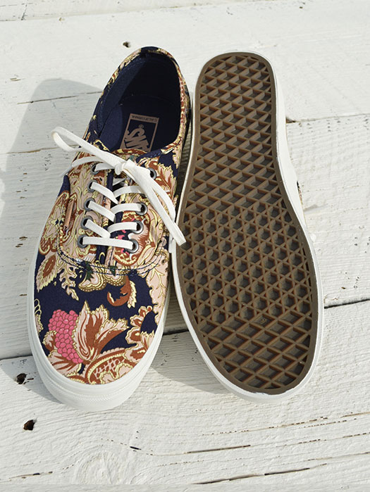 Authentic CA (ROYAL PAISLEY)